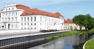 Schloss-Oranienburg1