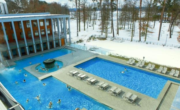 Die Saarowtherme im Winter. Foto: Reiseland Brandenburg