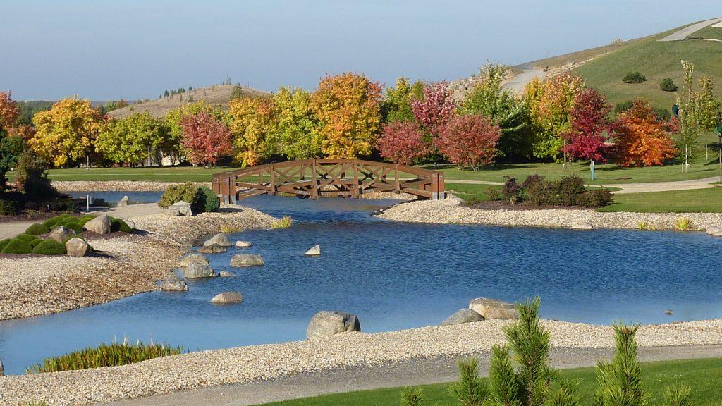 Herbstzeit im Findlingspark Nochten. Foto: Herbst-Findlingspark-Nochten_Foto-